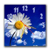 Настенные часы квадратные Красивая ромашка
