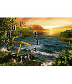 Настенные часы Легкие волны, 30х45 см