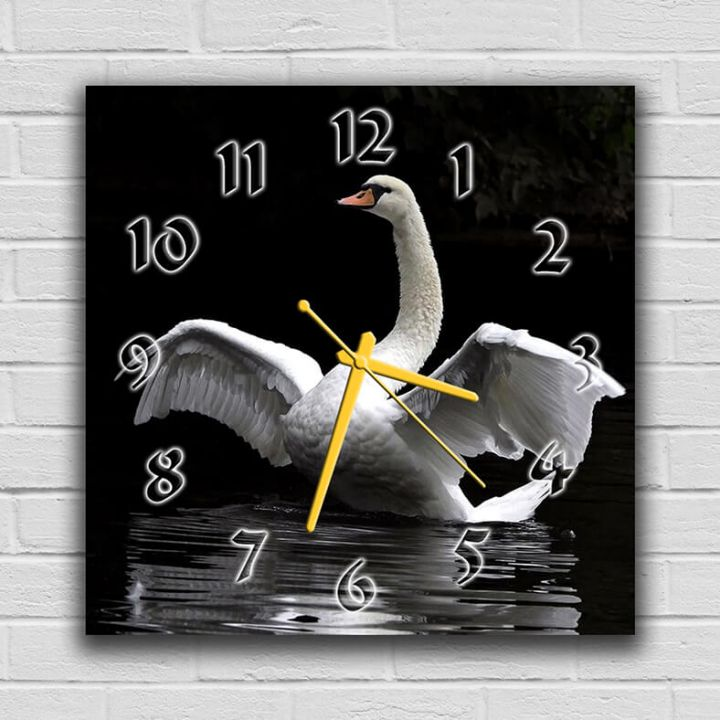 Настенные часы квадратные Царственный Лебедь