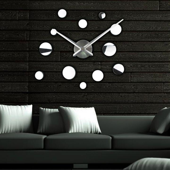 Большие настенные 3Д часы Round 2018 Silver