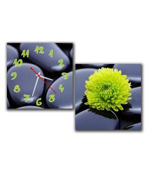 Модульные настенные часы Цветок на камне
