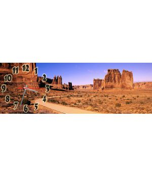 Часы настенные Пустынный Городок