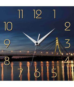 Часы настенные квадратные UA 006
