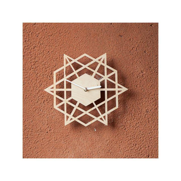 Деревянные настенные часы Лазер