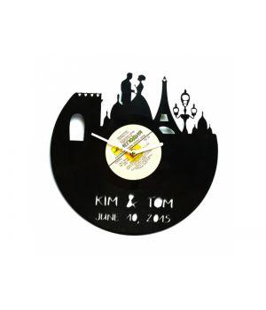 Виниловые часы именные №2