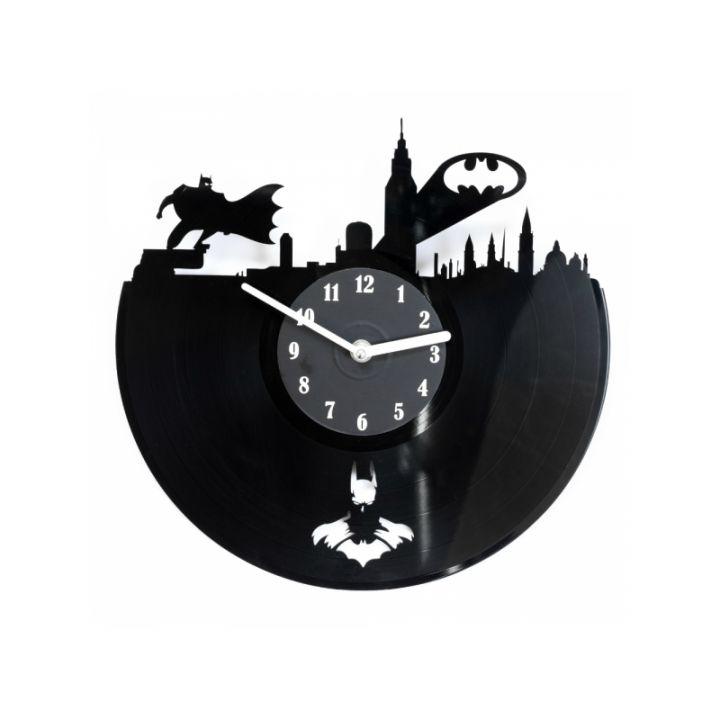 Виниловые часы на стену Batman in the city