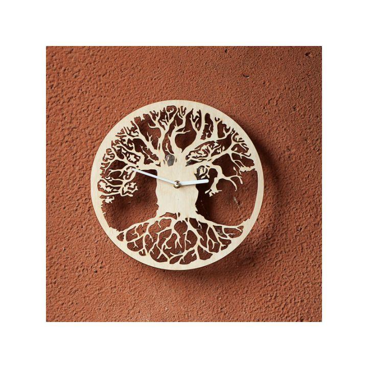 Деревянные настенные часы Коренастое дерево