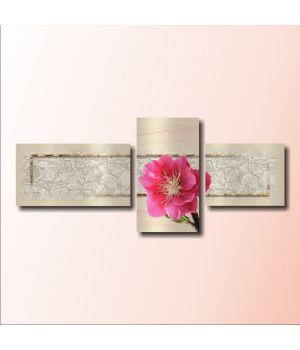 Один розовый цветок