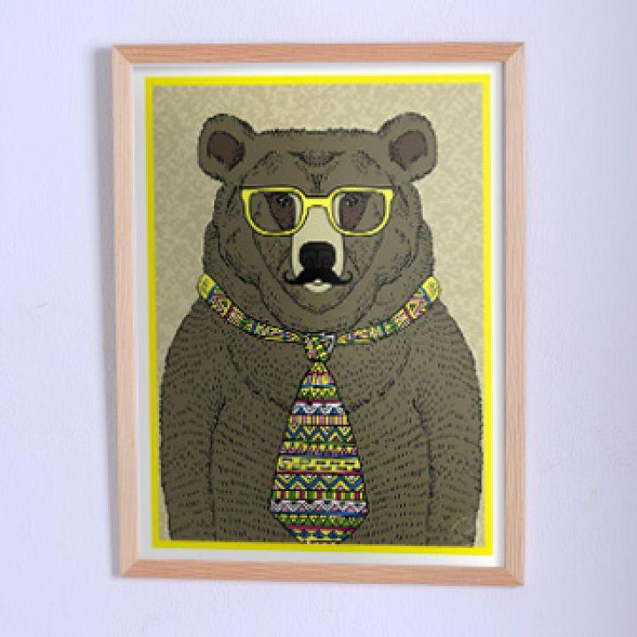 Оригинальный постер Медведь в галстуке