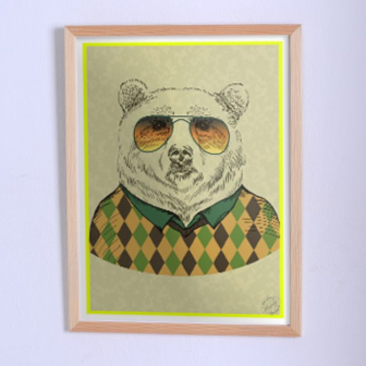 Оригінальний постер Ведмідь у светрі