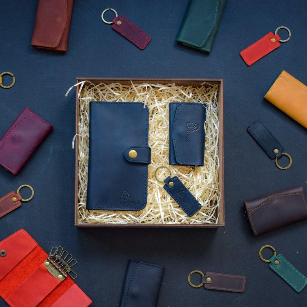 76fd4111a71d Набор кожаных аксессуаров Milano Blue - Купить мужской подарочный ...