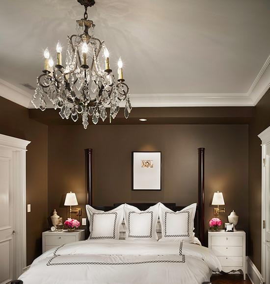 Люстра в спальню: типы люстр и советы по выбору